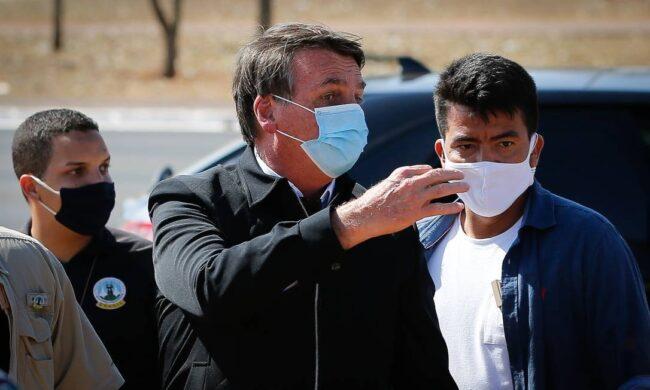Bolsonaro mentiu para se explicar sobre 'porrada na boca' de ...
