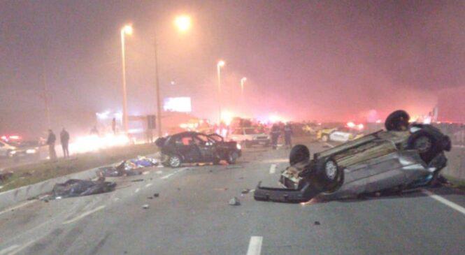 Tragédia em Curitiba: Engavetamento com 30 veículos provoca mortos e feridos